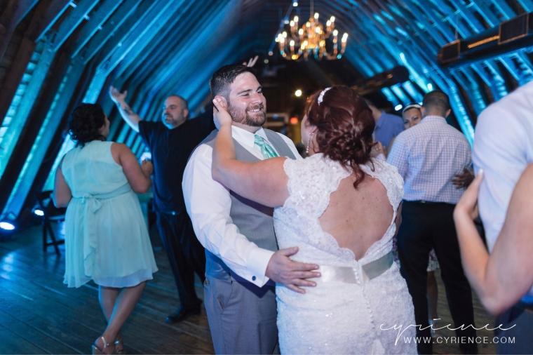 Cyrience_Perona_Farms_New_Jersey_Barn_Wedding-110