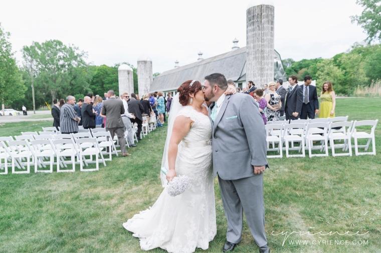 Cyrience_Perona_Farms_New_Jersey_Barn_Wedding-60