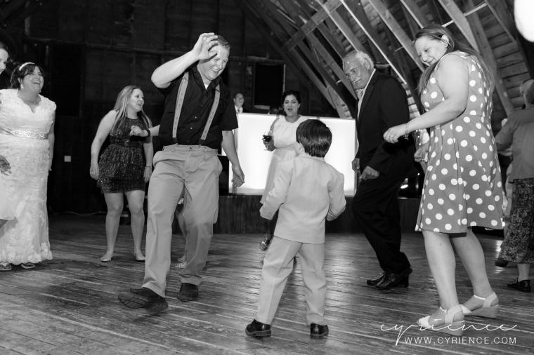 Cyrience_Perona_Farms_New_Jersey_Barn_Wedding-88