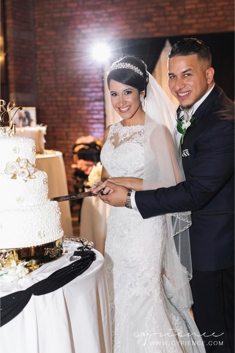 Cyrience_Queens_Brooklyn_26_Bridge_Wedding_Jessica_Robin-Blog-106
