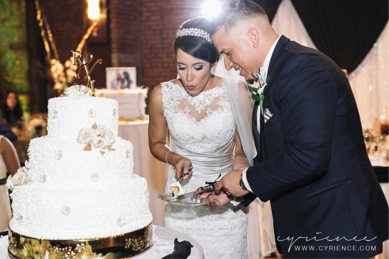 Cyrience_Queens_Brooklyn_26_Bridge_Wedding_Jessica_Robin-Blog-108
