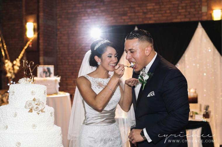 Cyrience_Queens_Brooklyn_26_Bridge_Wedding_Jessica_Robin-Blog-109