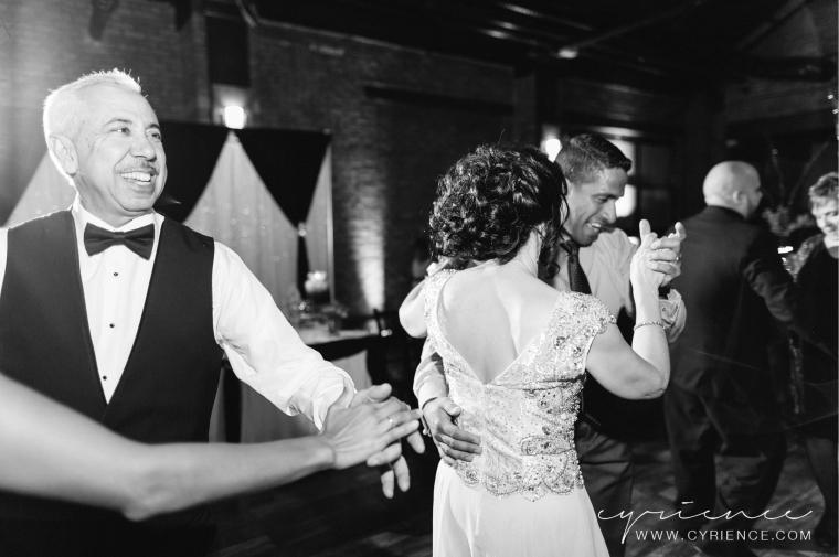 Cyrience_Queens_Brooklyn_26_Bridge_Wedding_Jessica_Robin-Blog-121