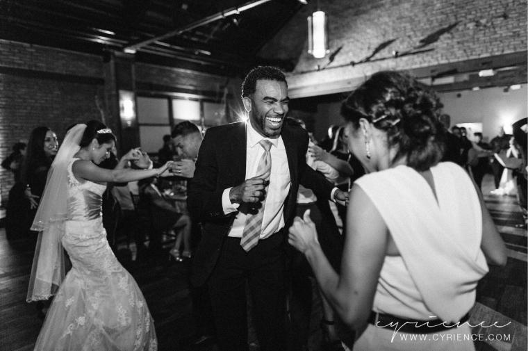 Cyrience_Queens_Brooklyn_26_Bridge_Wedding_Jessica_Robin-Blog-123