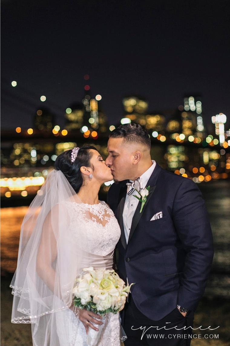 Cyrience_Queens_Brooklyn_26_Bridge_Wedding_Jessica_Robin-Blog-59