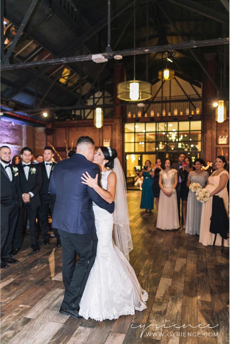 Cyrience_Queens_Brooklyn_26_Bridge_Wedding_Jessica_Robin-Blog-82