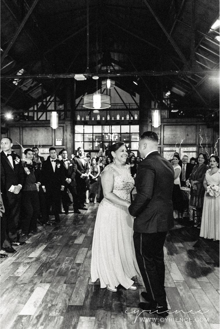 Cyrience_Queens_Brooklyn_26_Bridge_Wedding_Jessica_Robin-Blog-87