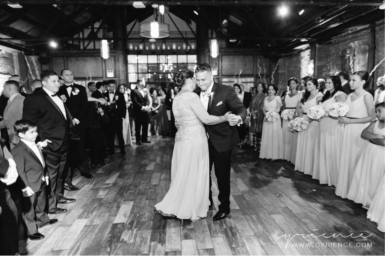 Cyrience_Queens_Brooklyn_26_Bridge_Wedding_Jessica_Robin-Blog-90